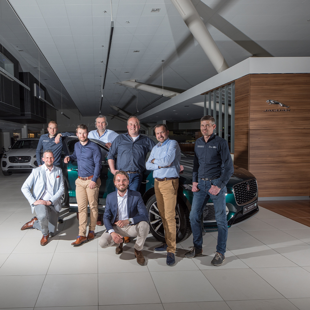 team werkplaats Jaguar Land Rover Munsterhuis contact