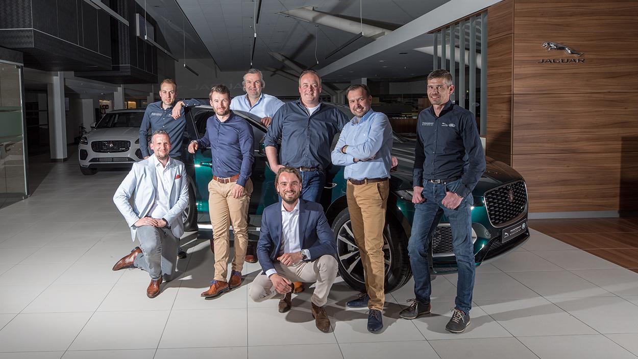 team werkplaats Jaguar Land Rover Munsterhuis home